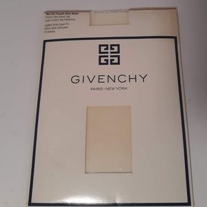 Givenchy French Ultra Sheer 212